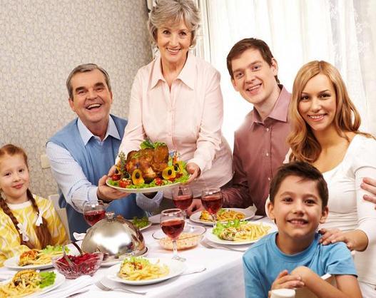 Almoço Dia das Mães: Cardápio, O que Fazer