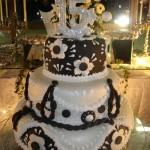 bolos-de-aniversario-de-15-anos-modelos-3