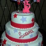bolos-de-aniversario-de-15-anos-modelos-9