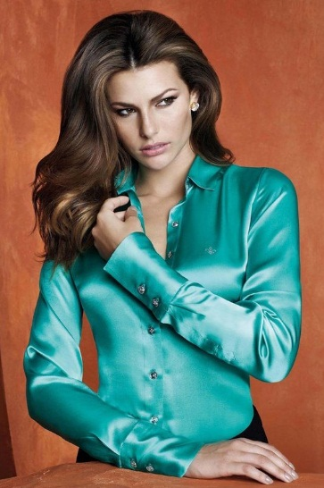 Camisa de Seda Feminina – Fotos e Modelos