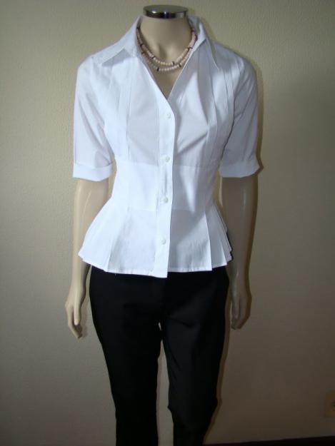 Portanto para as mulheres que ficaram interessadas nas camisas sociais  confeccionadas exclusivamente para elas que são independentes 8aee2470879