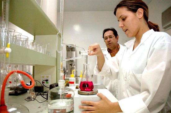 Curso Técnico Gratuito de Bioquímica ETEC 2013