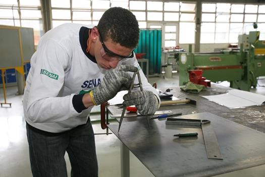 cursos-de-soldador-eletricista-senai-sp-2014