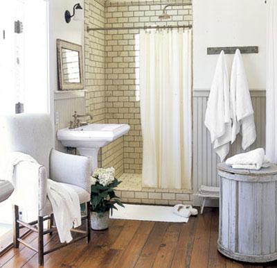 Decora o de casas simples dicas e fotos for Old farmhouse bathroom ideas