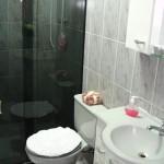 decoracao-simples-de-banheiros-pequenos-4