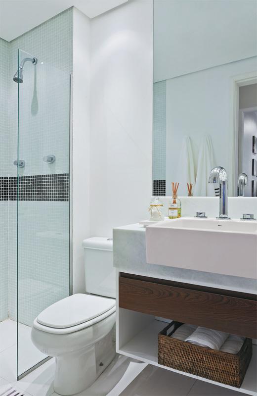 Decoração Simples de Banheiros Pequenos -> Banheiro Simples Com Cuba