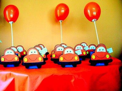 Enfeites de Mesas para Festa de Aniversário Infantil, Dicas e Fotos