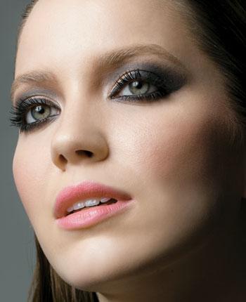 Maquiagem para Festa a Noite – Dicas e Modelos