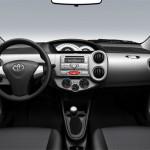 novo-Toyota-Etios-6