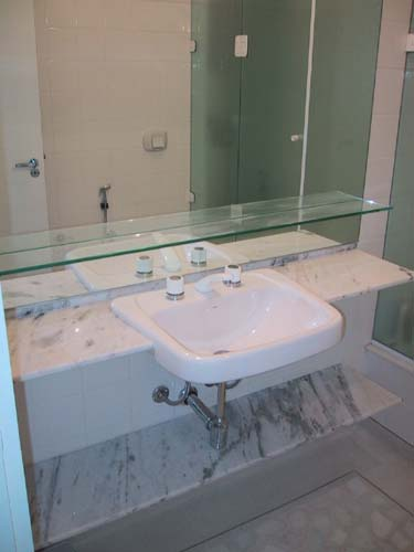 Pia para Banheiro  Fotos e Dicas de como Escolher -> Como Assentar Pia De Banheiro