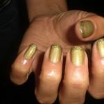 unhas-douradas-decoradas