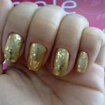 unhas-douradas-decoradas-6
