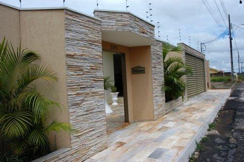 Fachadas Residenciais com Pedras: Fotos, Modelos