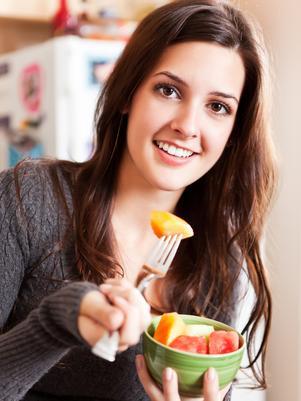 Saiba Quais Frutas Combatem a Acne